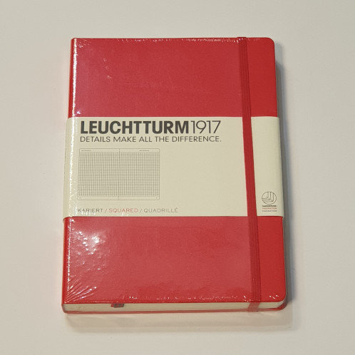 Leuchterm A5 Medium Notebook Hardback Red