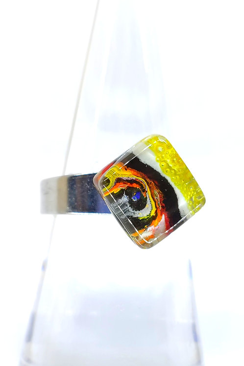 small square Miró ring