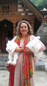 שרה גילאון - הודו קבלה אותי כמלכה