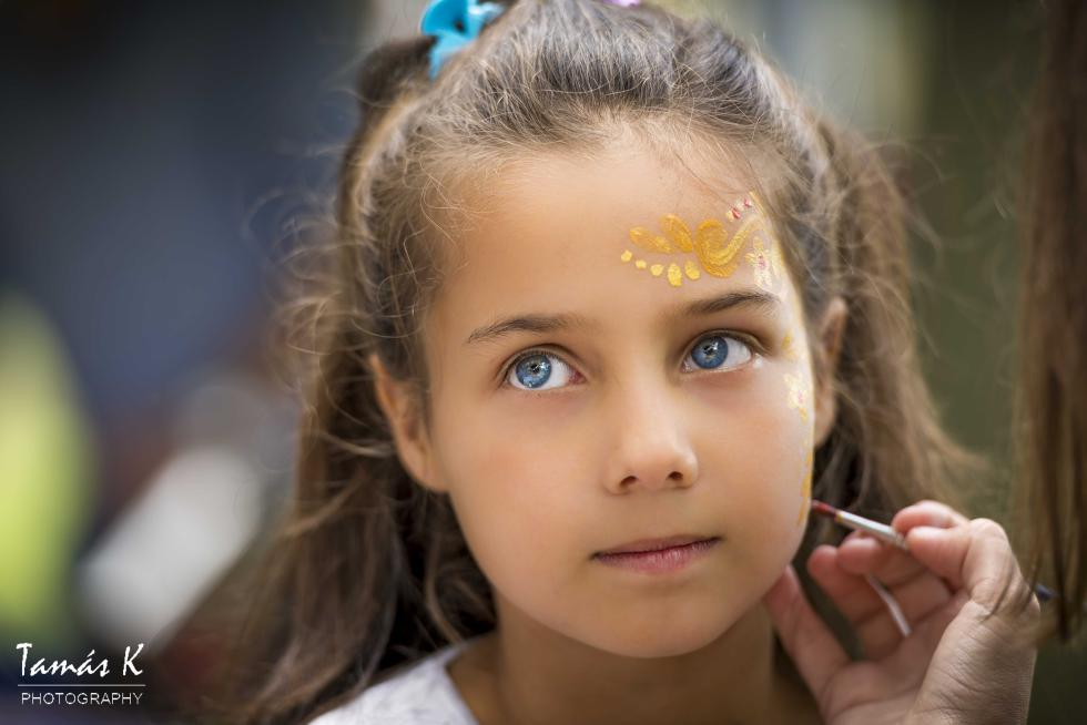 portrait photography - girl with a face paint