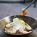 Cesar salad with grilled prawns