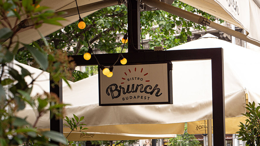 Brunch Bistro terrace