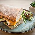 Roston sült csirkemelles,guacamole-s szendvics