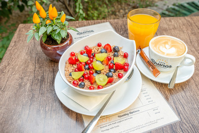 Healthy options for breakfast in Budapest