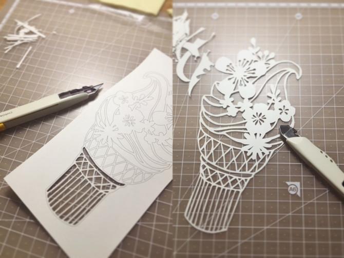 「綻放」的紙雕藝術