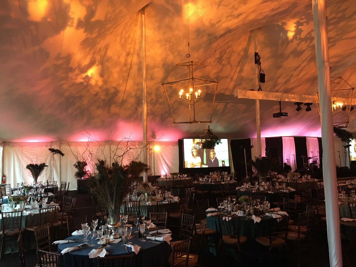 Tent for 650 people