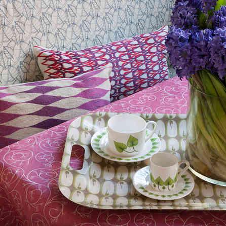 A_Hicks_pink table.jpg
