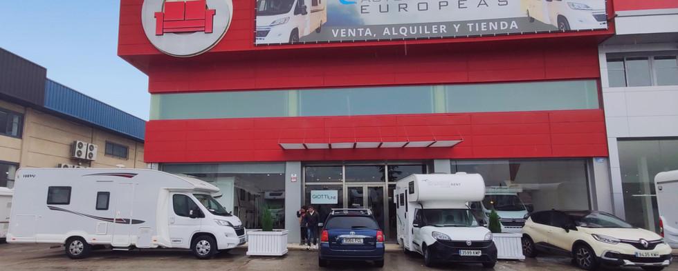 Autocaravanas_Europeas_Madrid_edited.jpg