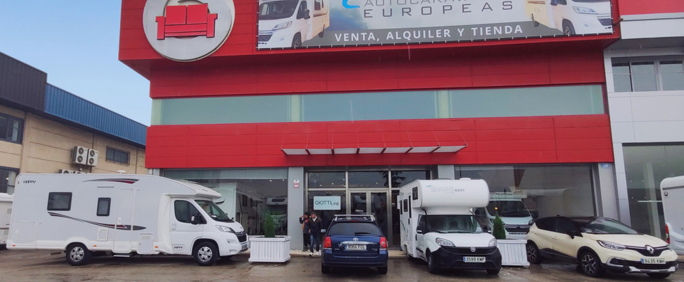Autocaravanas_Europeas_Madrid_edited.jpg