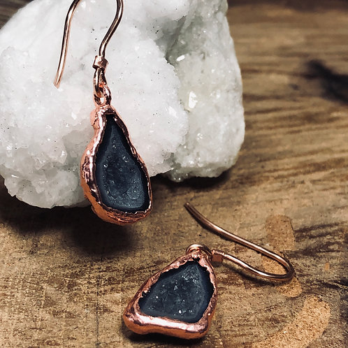 Black & Gray Tabasco Geode w/Rose Gold Earwires