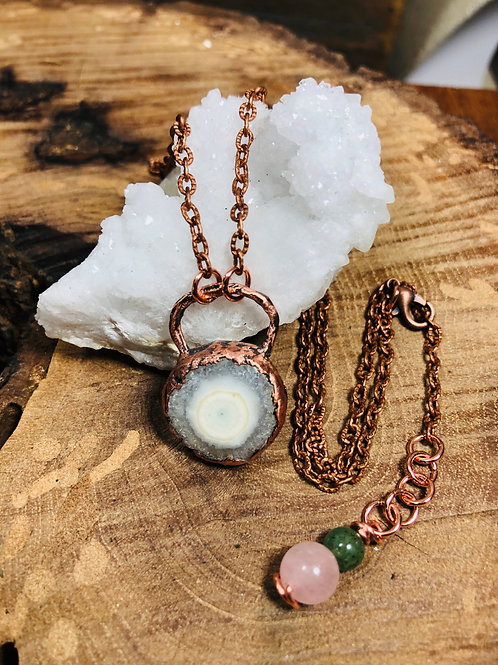 """Solar Quartz w/18"""" Copper Chain"""