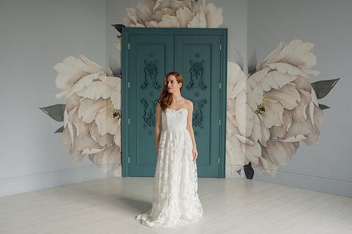 'Flora' 3D Flower Gown