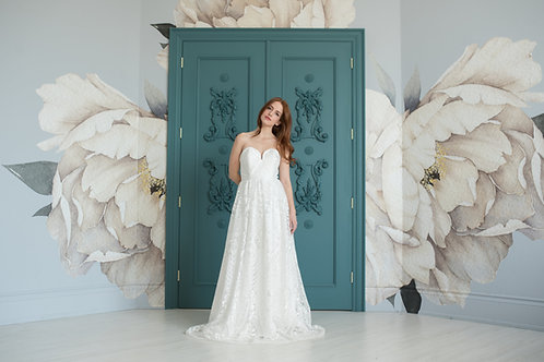 Gatsby Embroidered Lace Gown