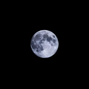 The Moon 19.04.2019
