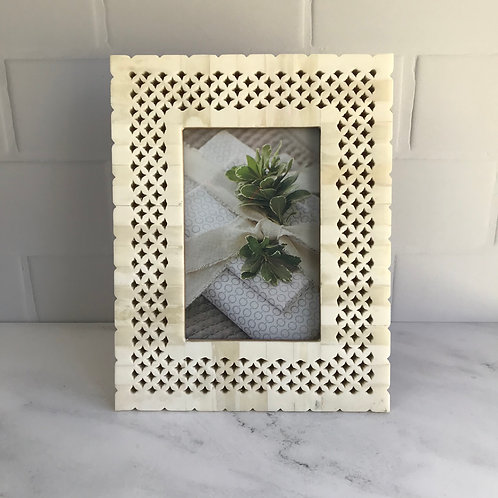 Filigree Photo Frame in Pearl