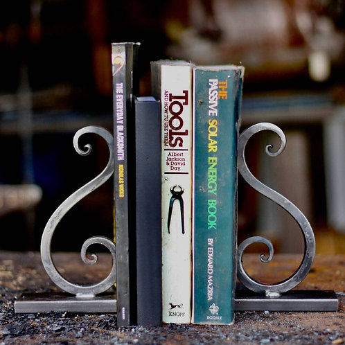 Scrolled Iron Bookends