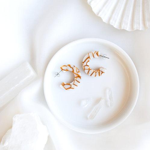 Ray Tortoise Earrings in Dandelion