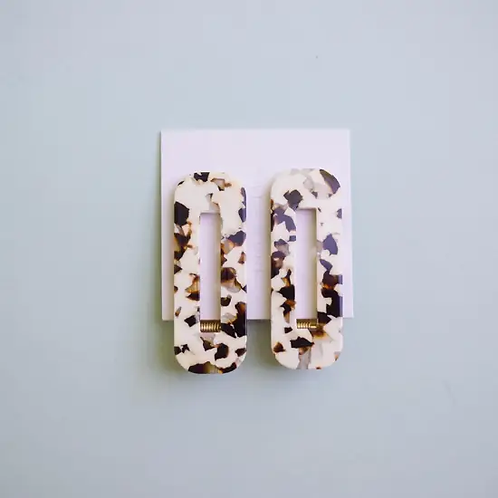 Tortoise Hair Clips in Coco + Cream