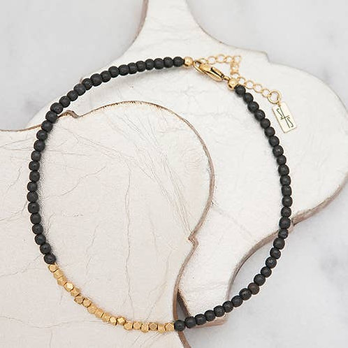 Golden Row Necklace Black