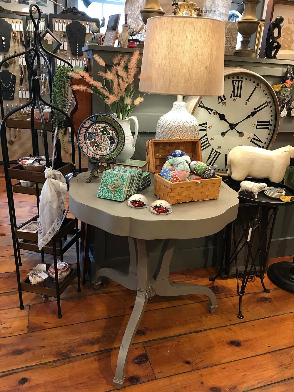 Flourish Market tablescape merchandising
