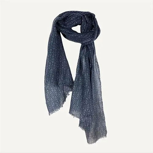 Marion Scarf