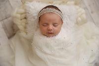 Philadelphia Newborn Photographer-2.jpg