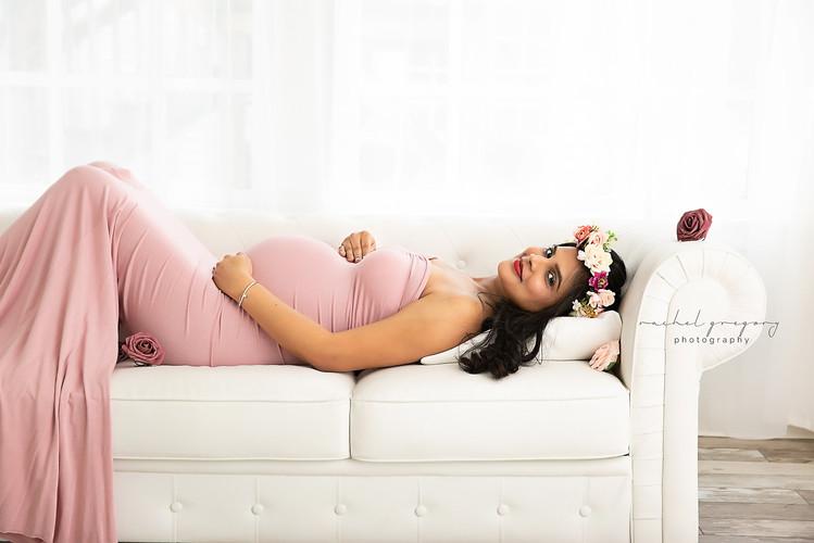 Philadelphia Maternity Photographer.jpg