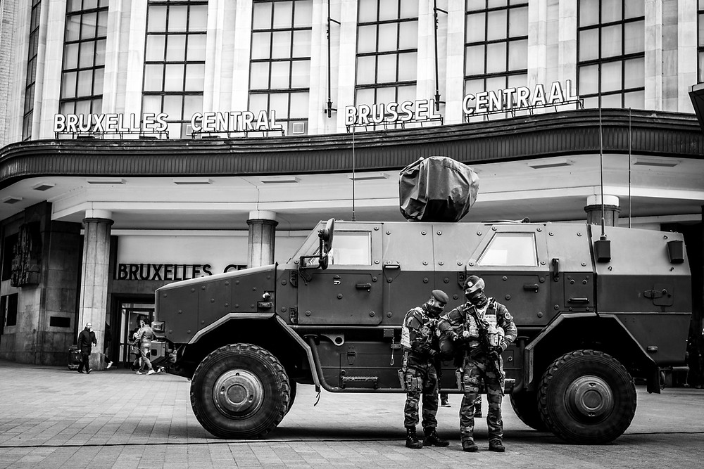 Military troop in front of the Central Station during the level four. (c) Aurélien Ernst