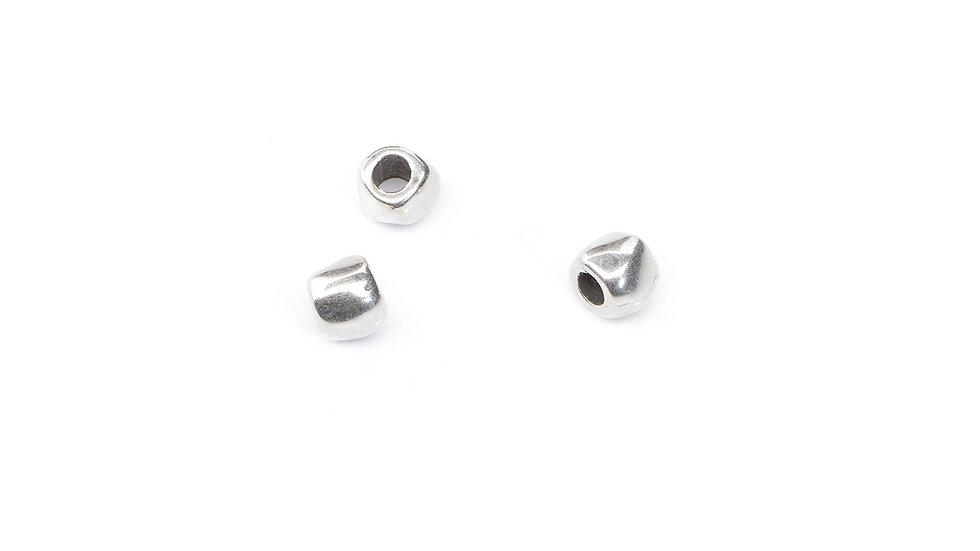 Perle irrégulière 6mm