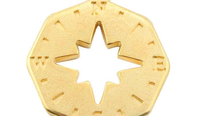 Pendentif Boussole métal Doré 22mm