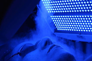blue light therapy photodynamic led therapy heal acne oxygenate skin cells facials in palm beach gardens, fl 33410 renew laser and aesthetics