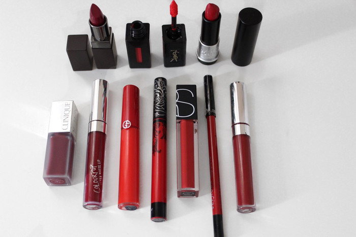 HOLIDAY RED LIPSTICKS