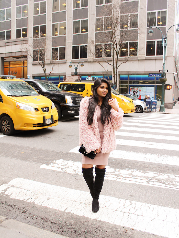 FAUX FUR COAT IN THE CITY