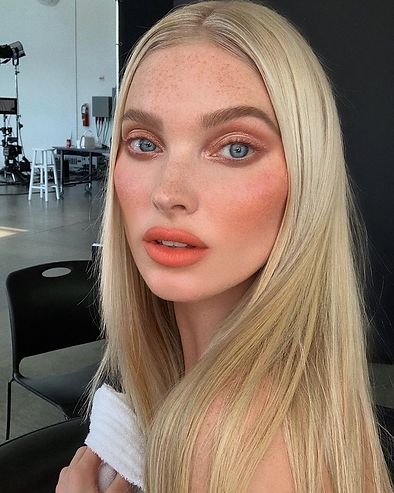 13 Chic Makeup Looks Worth Trying for Va
