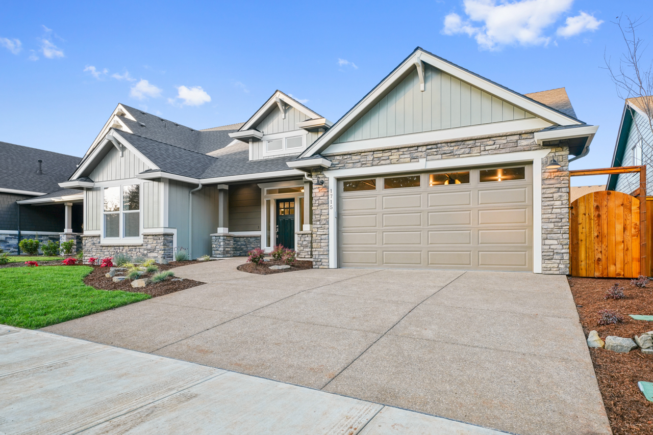 1715 York Butte SE MLS-3
