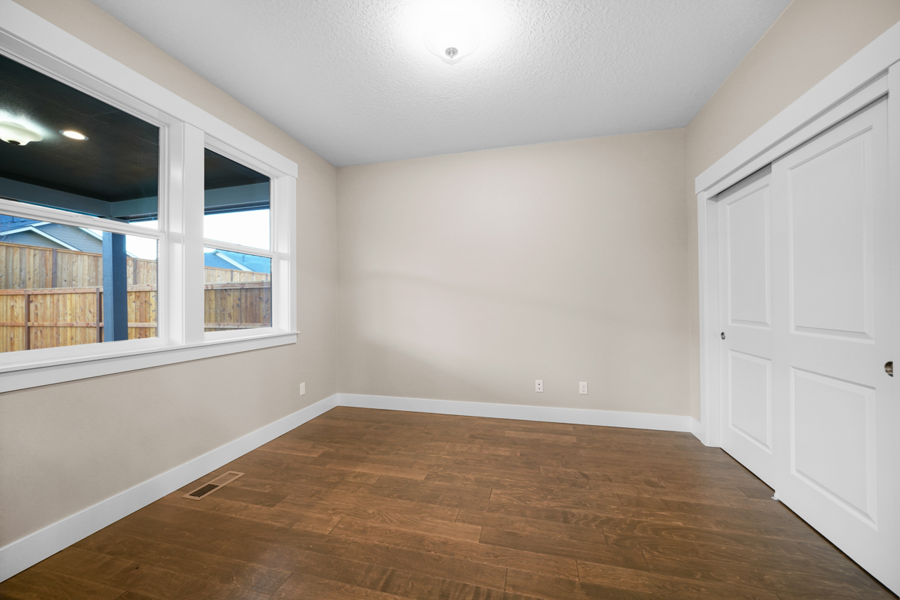 1715 York Butte SE MLS-33