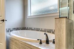 bath tub 9