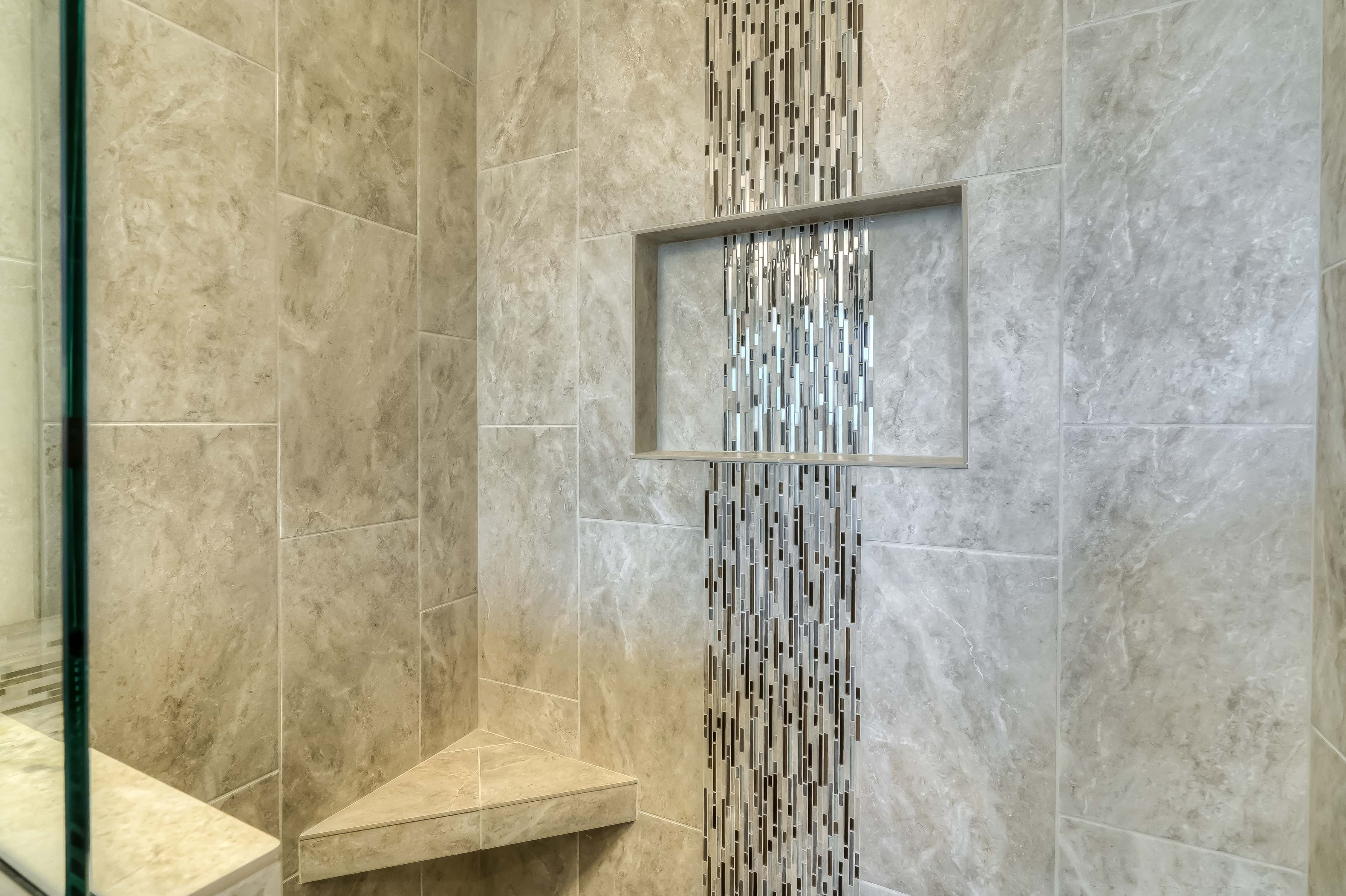 lot 10 shower 1