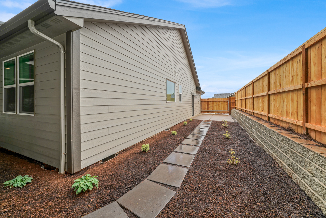 1612 York Butte SE MLS-34