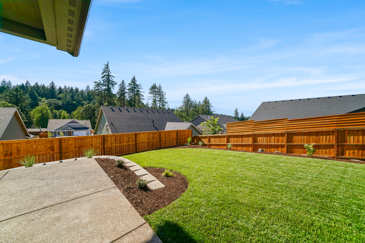 1643 York Butte SE MLS-31