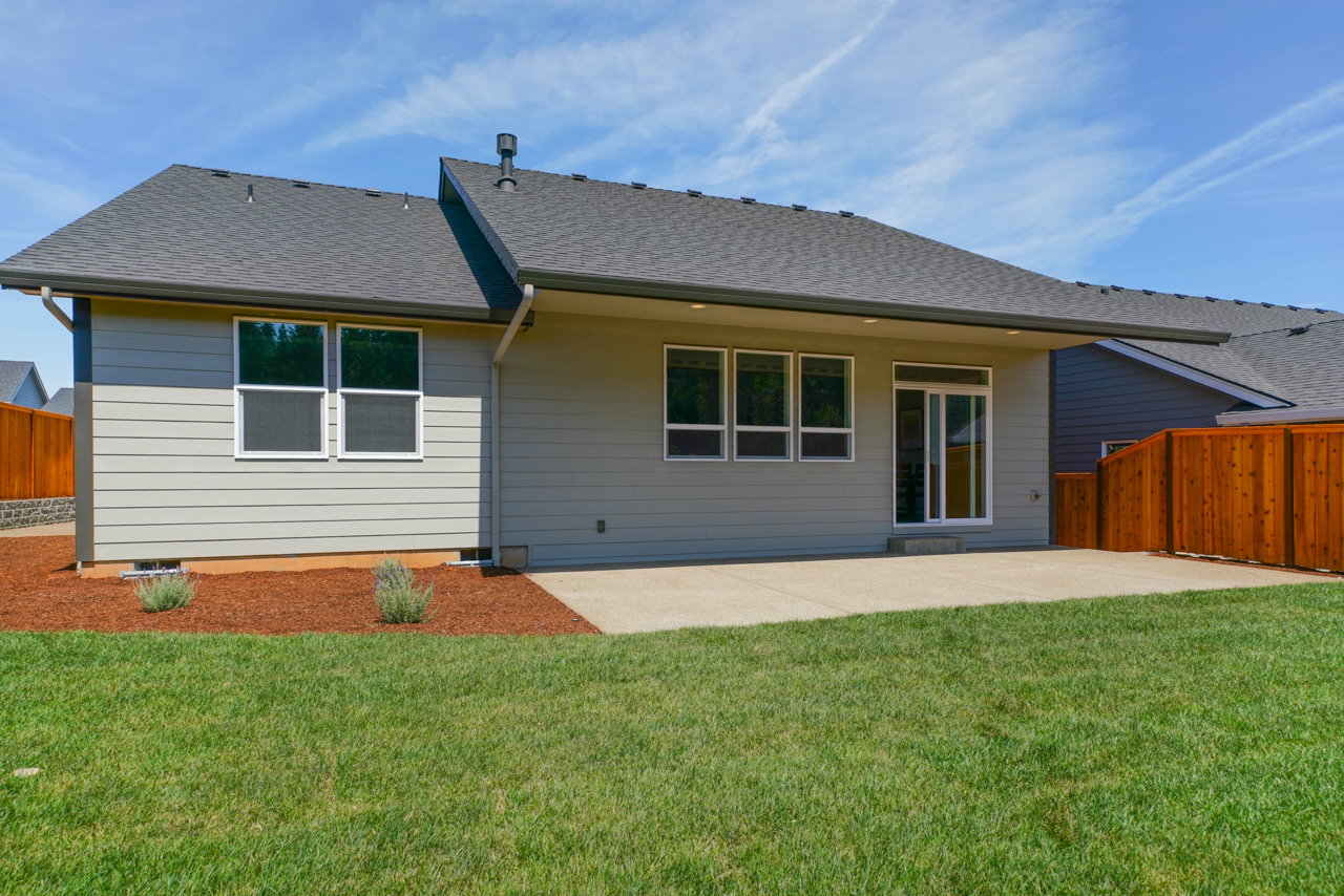 1744 Juniper Butte SE MLS-43
