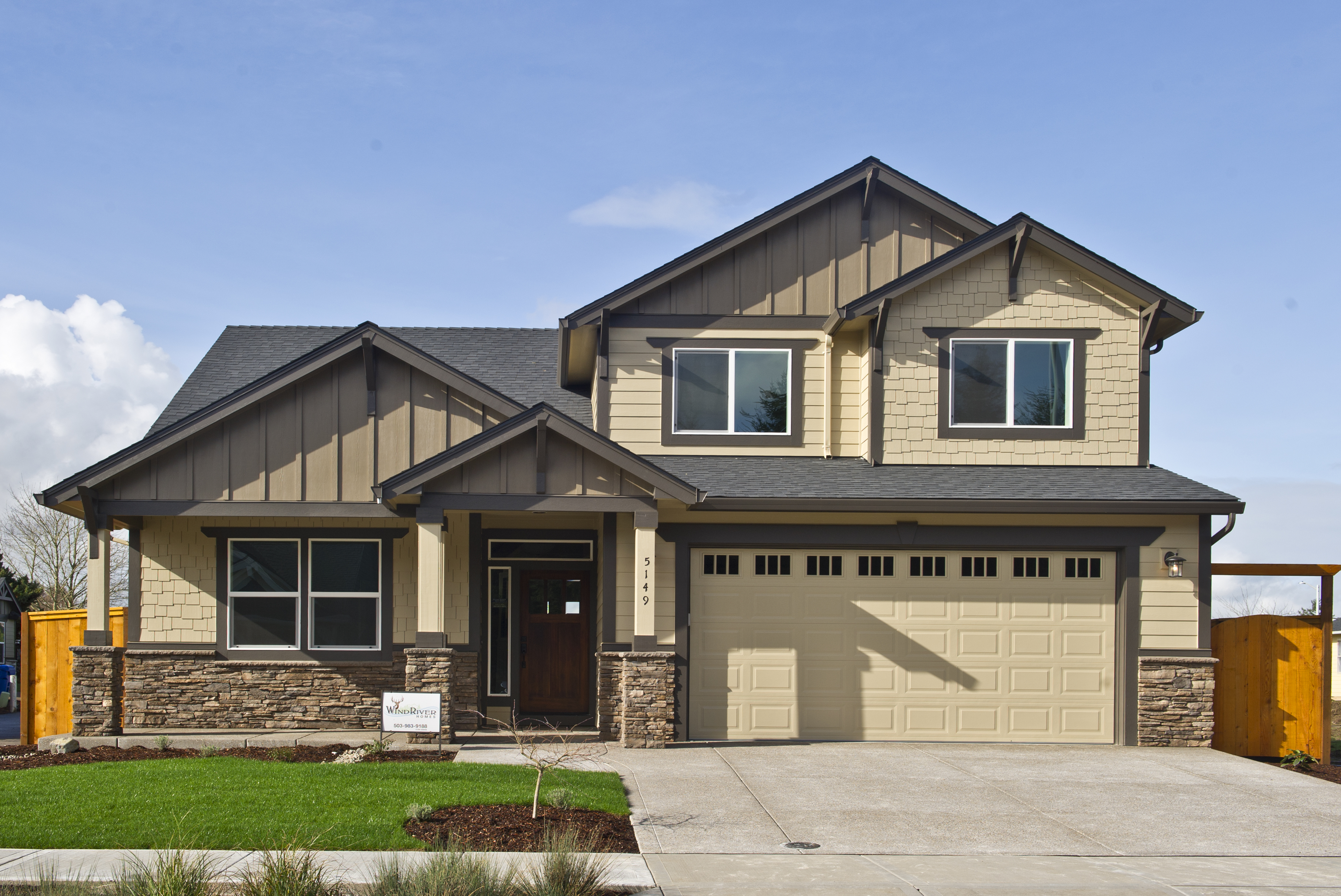 Lacey Homes_5149_Outside