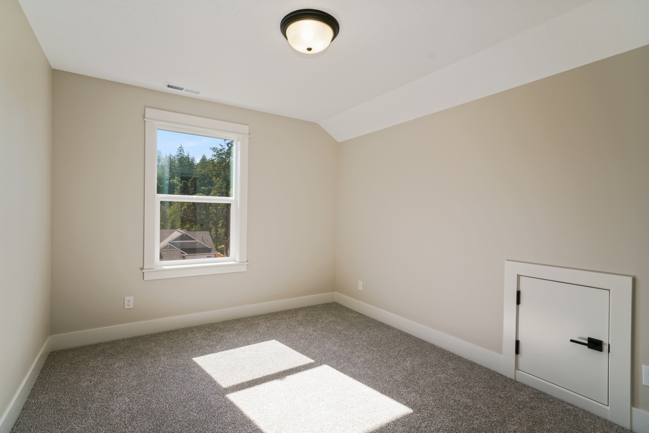 1643 York Butte SE MLS-24