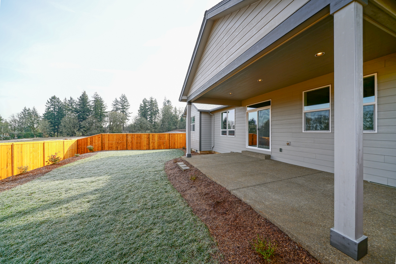 1815 Juniper Butte SE MLS-32