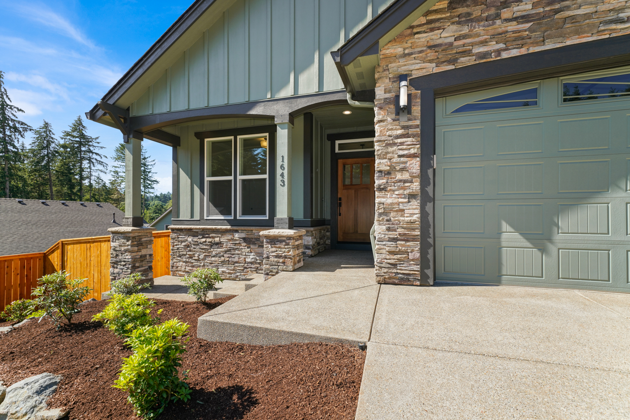 1643 York Butte SE MLS-3