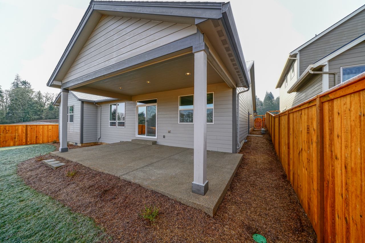 1815 Juniper Butte SE MLS-33