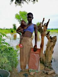 femme à la rivière