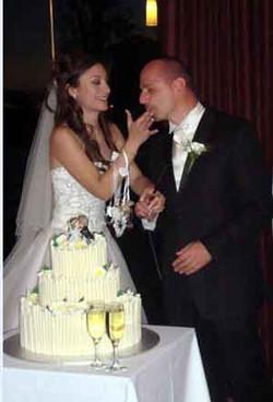 22-AnneMarie-cake.jpg