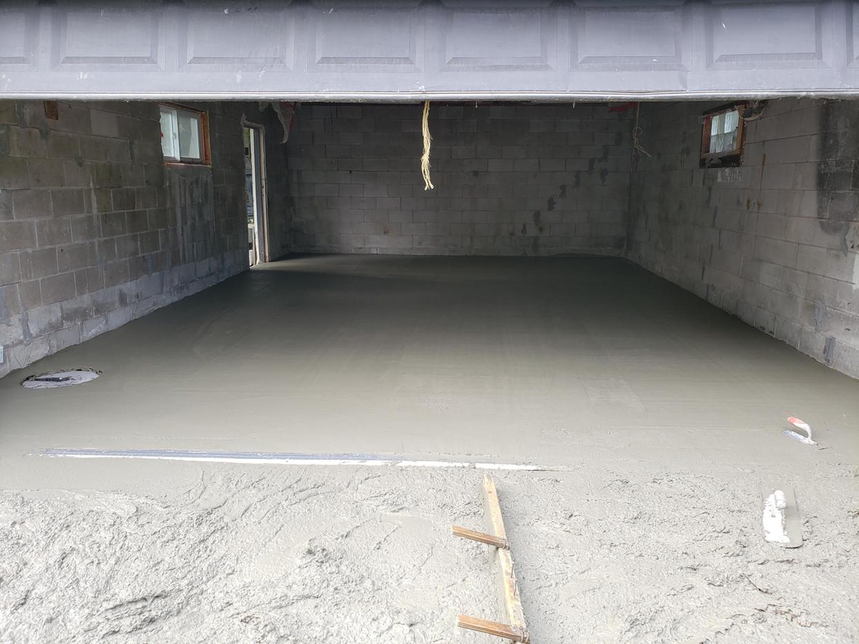 finishing concrete.jpg