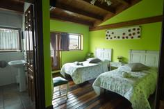Habitación con dos camas